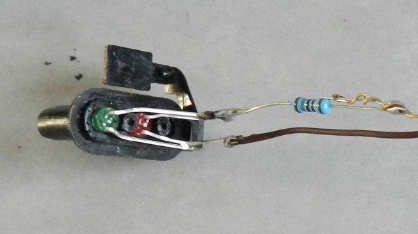 Mon réseau - Potence de signalisation à deux nacelles, modéle Jouef (4)