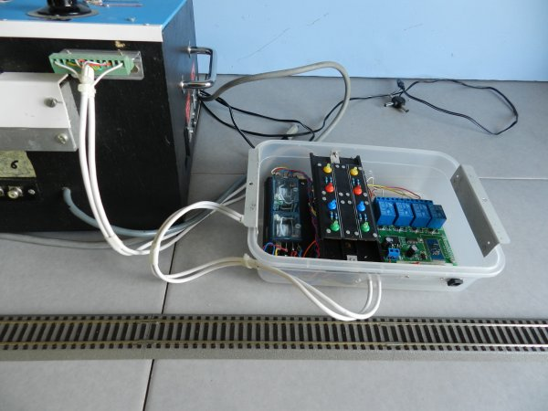 Mon réseau et mes activités - Un boitier à commande bluetooth (a1)