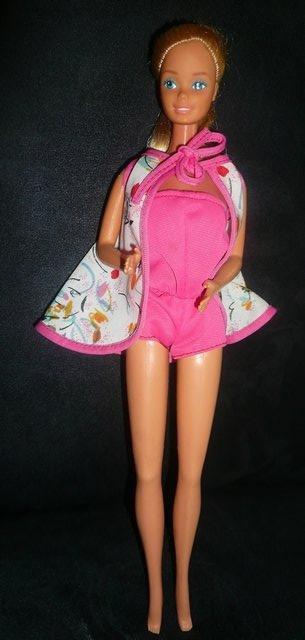 Barbie porte la tenue n° xxx de 1981
