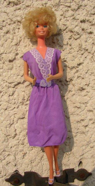 """Pretty Changes Barbie dans la tenue n°xxx de 1986 """"Après-midi"""""""