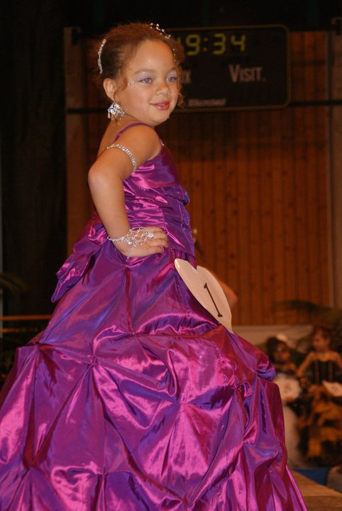 MISS NOUVEL ANNEE 2011 A BOULOGNE