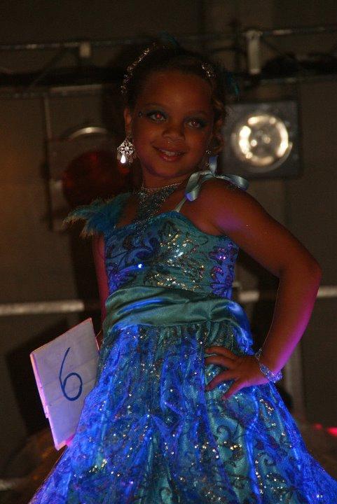 MISS HOLQUES 15 JUILLET 2011