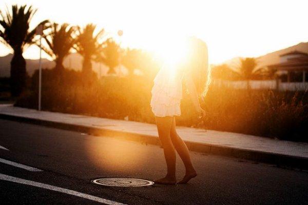 Aimer est un mauvais sort, comme ceux qu'il y a dans les contes, contre quoi on ne peut rien jusqu'à ce que l'enchantement ait cessé – Marcel Proust, le Temps retrouvé