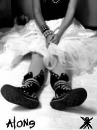"""bienvenu dans mon petit monde """" il y a des poemes,des photos, des citations... qui me reflet"""