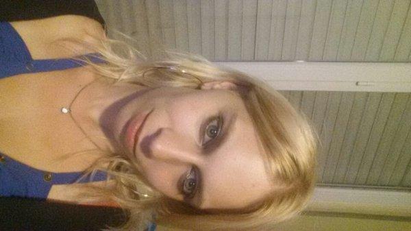 moi la blonde du 80