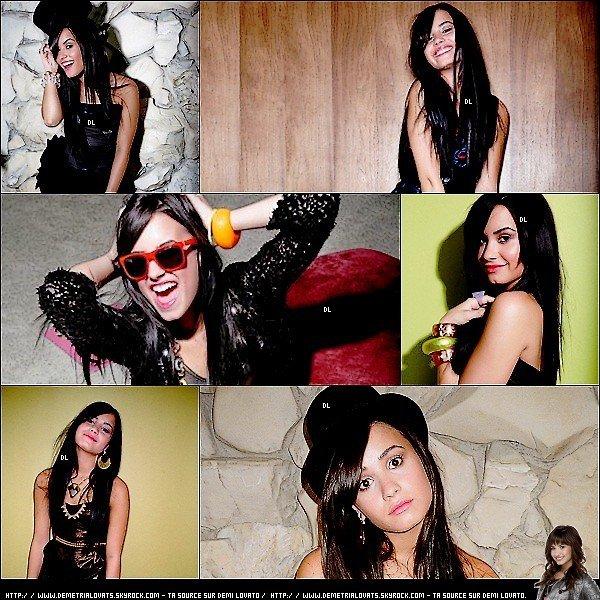 . Photoshoot ; 2009 ♦ Découvrez ou redécouvrez un shoot de Demi pour WWD Magazine..