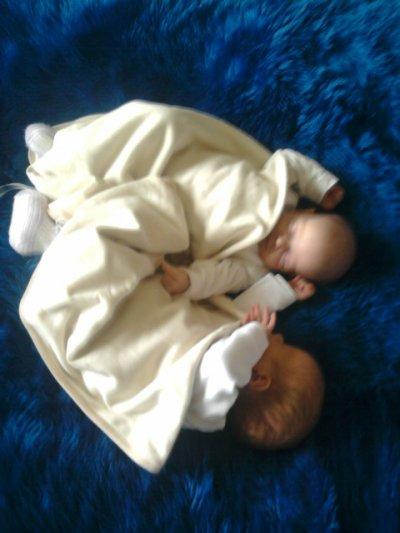 17|07|2010 ce jour gravé dans ma mémoire a jamais car deux anges sont nées est mettent enfin de la joie dans ma vie ...<3!