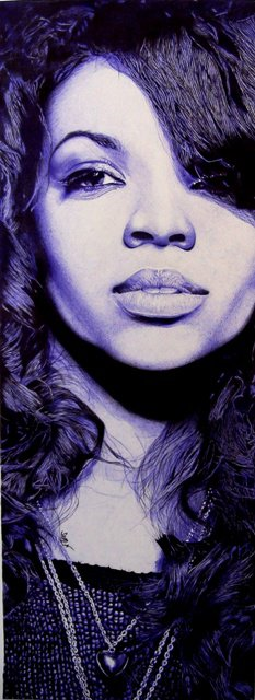 Cylia au stylo bic noir et bleu format 115x40 cm ***1er prix *** au concours facebook organisé par la chanteuse