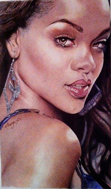 Rihanna Bic couleur...