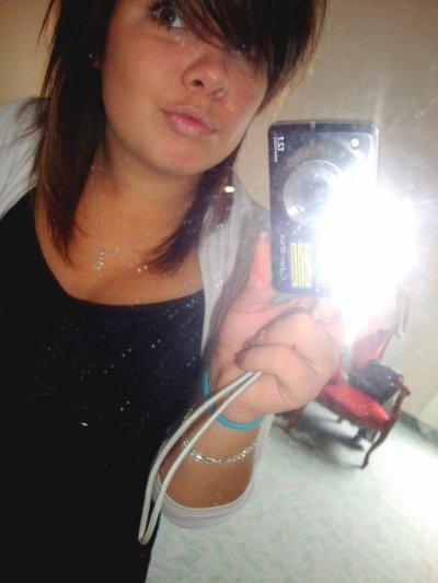 Ancienne photo quand j'etait brune :)
