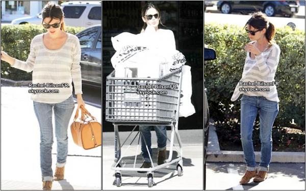 .  12 / 01 / 11 __  › Rachel va faire ses courses et l'aprés-midi reste avec sa demi-soeur dans un parc ..