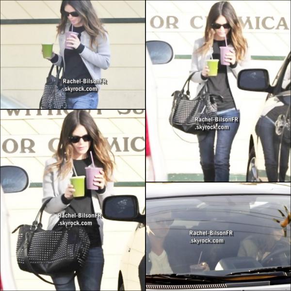 .  05 / 02 / 11 __  › Rachel va chercher des boissons à Naturemart avec Hayden à Los Angeles ..