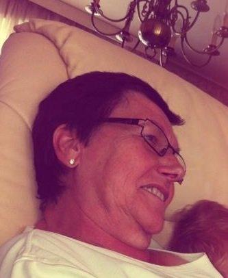 Tu es partie depuis seulement 4 jours et tu me manques déjà tellement.. Ma grand mère adorée.. Si j avais imaginé que tu pourrais me quitter.. Je t aime..