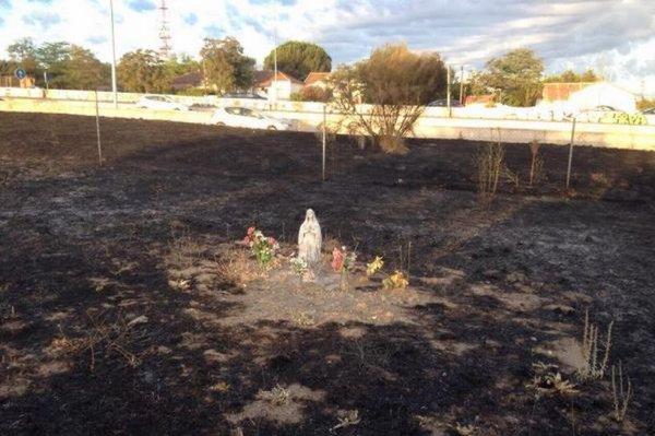 Espagne : Une statue de la Vierge miraculeusement intacte après un incendie