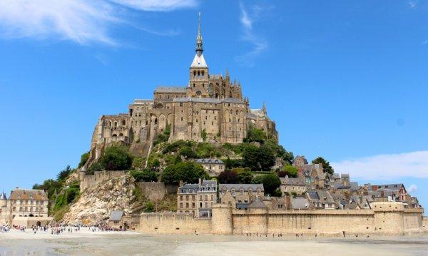 Le Mont-Saint-Michel, signe de Dieu pour les hommes.