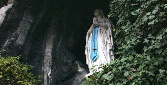 « La Sainte Vierge existe, Dieu existe ! »
