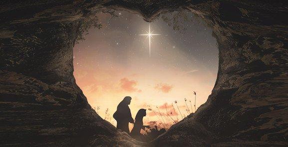 Marie prie comme Mère et elle prie comme disciple