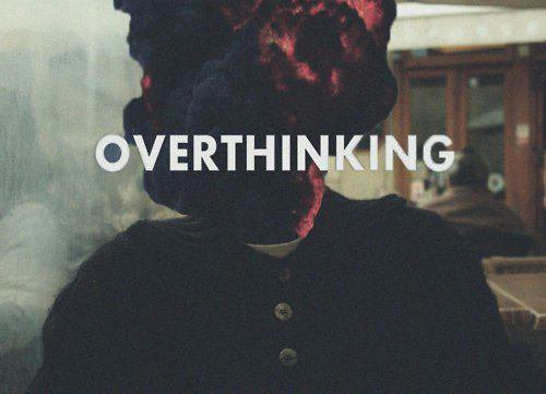 Toujours penser, toujours rêver,  toujours pleurer, à jamais insomniaque.♥