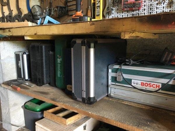 Voici les caisses de mes différent outils électroportatifs (ponceuse perceuse disqueuse....)
