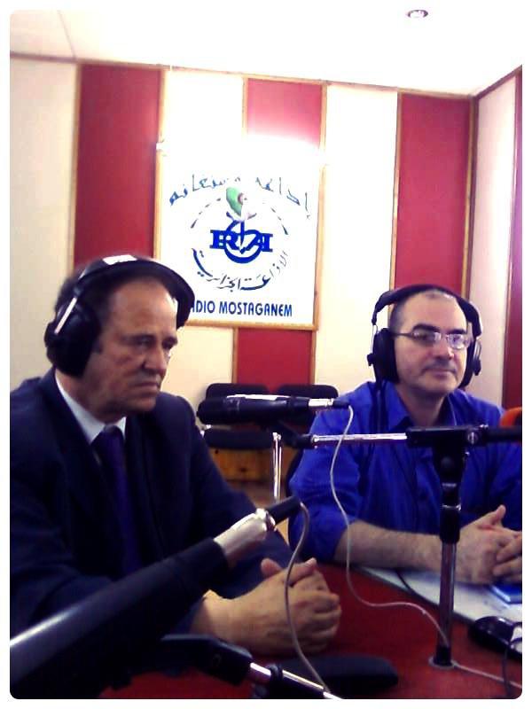 "Dans "" Gaâda oue qcid""  de la Radio de Mostaganem"