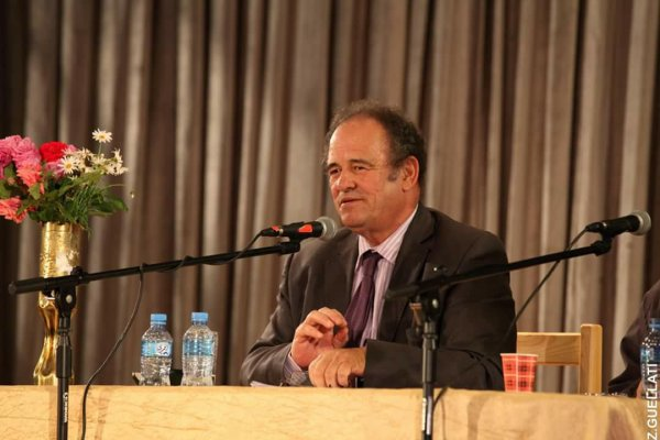 Abdelkader BENDAMECHE en conférence a Miliana