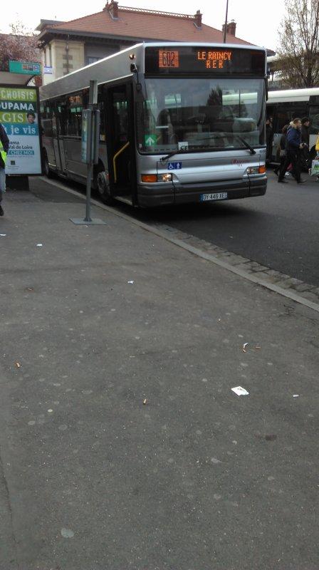 Bus 602 Gare du Raincy - Villemomble - Montfermeil ↔ Coubron - Stade