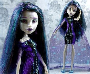 Meet the new ghoul of Boo York : Elle Eedee
