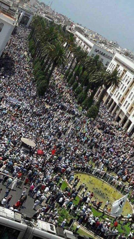 فخامة الشعب الجزائري