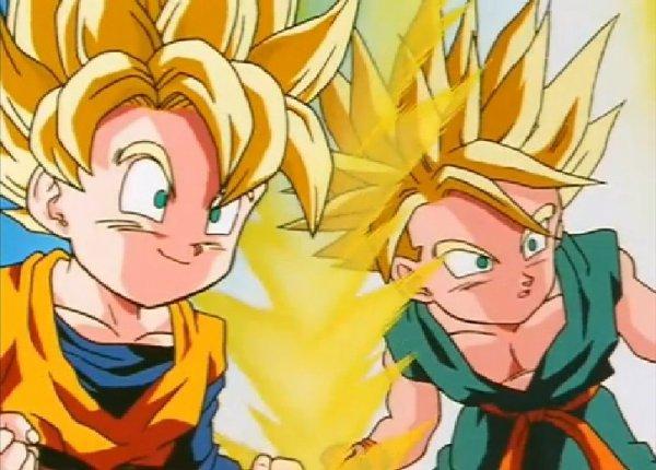 Sangoten et Trunks Super Saiyens