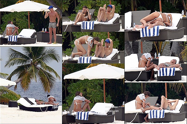 .  04/01/11 :  Irina Shayk & Cristiano Ronaldo  ont été vus ensemble se ressourcés aux Maldives en cette fin d'année. .