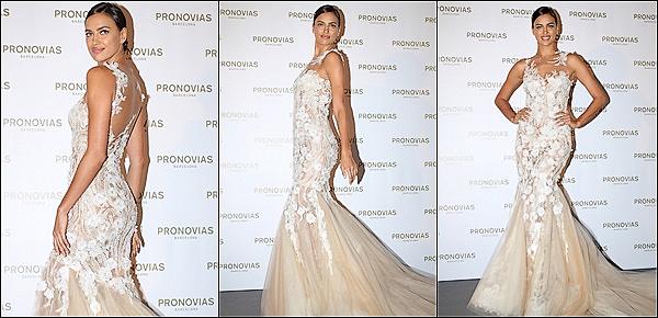 ......      •●  La belle mannequin Irina Shayk a défilé pour la marque  « Pronovias »    Vos avis?.      S'est déroulé le Barcelona Bridal Week en Espagne. Pour ce fashion show, Pronovias a présenté sa dernière collection de robes de mariée. ......