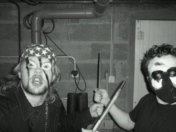 Arrano Beltza & Devil Hammer