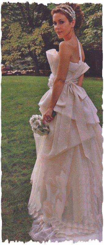 Mariage d 39 alyssa milano et de david bugliari blog de for Vera wang robes de mariage d hiver