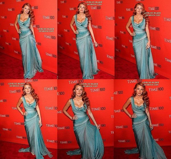 .  26/04/2011 : Lively Blake etait au Time 100 Gala in New York City , Où Moi et My Coraline nous la trouvons TOP ! ♥ .