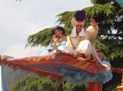 Aladin et yasmine disneyland - Yasmine de aladin ...