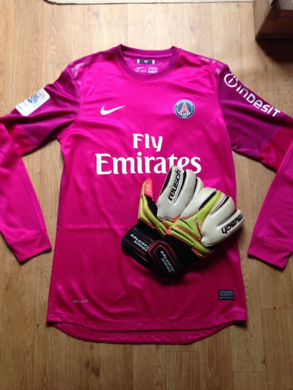 Maillot Porte Avec Gant Salvatore Sirigu Match worn Jersey shirt Gloves (A VENDRE)