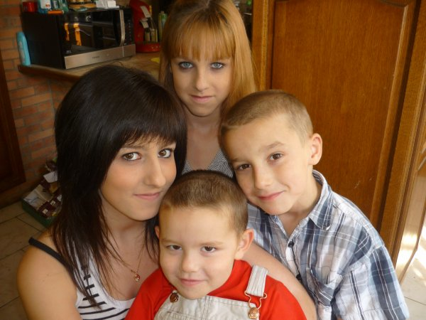 Laaa Famille :$ (L) !