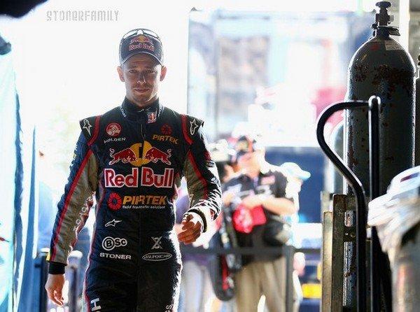 . 01 Mars 2013 Casey disputera ce week-end sa première course de V8 Supercar. .