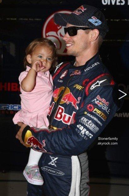 . 09 Juillet 2013 Casey veux passer plus de temps avec sa famille et à envie de s'éloigner de la compétition en 2014. .