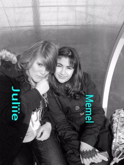 Moi et Amel La meilleure.