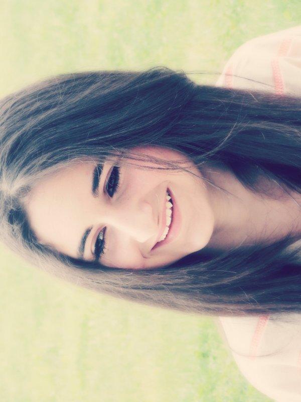 Un sourire, un rire qui peut tous cacher.