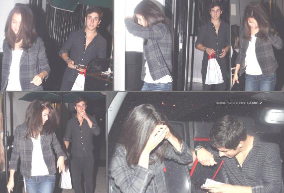 Selena Gomez et David Henrie sortant d'un restaurant le 27 août.