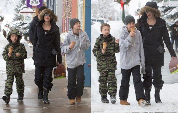 Angelina Jolie, Shiloh et Knox l