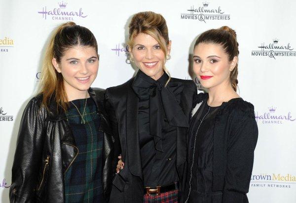 Lori Loughlin, Olivia, Isabelle