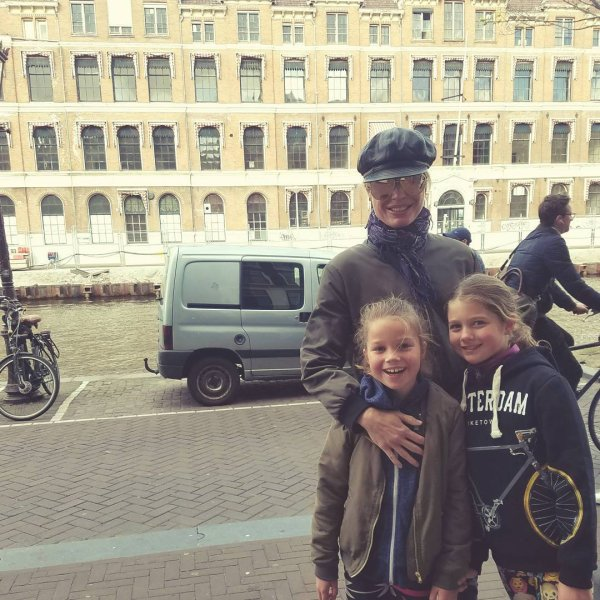 Rebecca Romijn, Dolly et Charlie