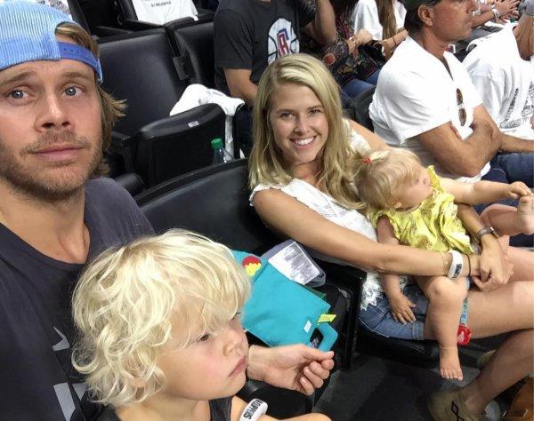 Eric Olsen, Sarah Wright, Wyatt et Esmé