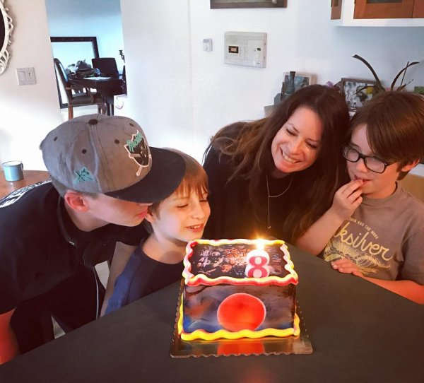 Holly Marie Combs,  Finley, Kelley et Riley