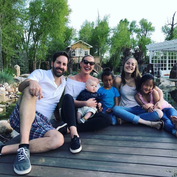 Katherine Heigl, Josh Kelley, Naleigh, Adalaide et Joshua