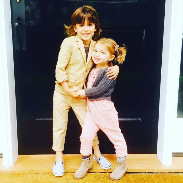 Brooks et Scarlett Sims