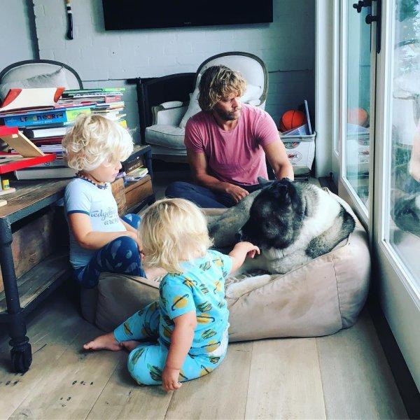 Eric Olsen, Wyatt et Esme